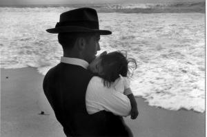 Le père l'enfant et l'océan